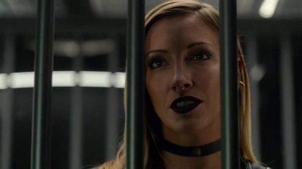 Watch Arrow Season 4 online episode 5