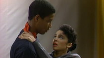 A Different World - Episode 16 - The Show Must Go On