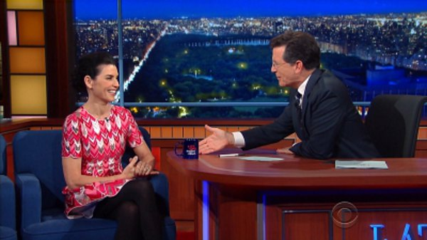 The Late Show with Stephen Colbert - S01E32 - Julianna Margulies, Jonathan Franzen, Alabama Shakes