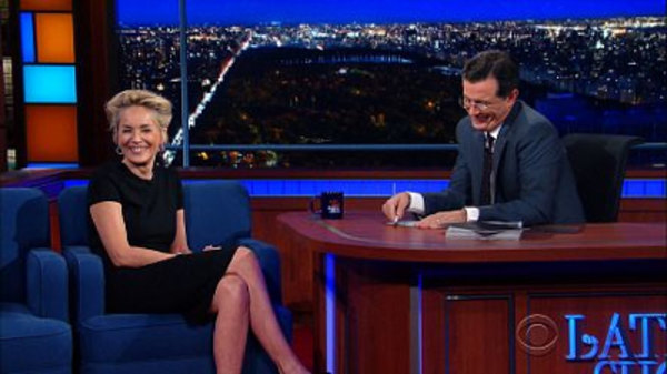 The Late Show with Stephen Colbert - S01E47 - Sharon Stone, Justin Theroux, James Taylor