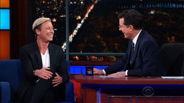 The Late Show with Stephen Colbert - S01E72 - Scott Kelly, Abby Wambach, Maria Bamford