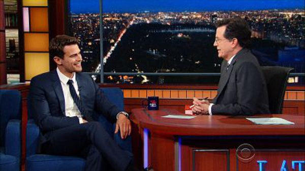 The Late Show with Stephen Colbert - S01E112 - Theo James, Jussie Smollett, Laurie Anderson