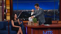 The Late Show with Stephen Colbert - Episode 127 - Julia Louis-Dreyfus, Nikolaj Coster-Waldau, Sam Morril