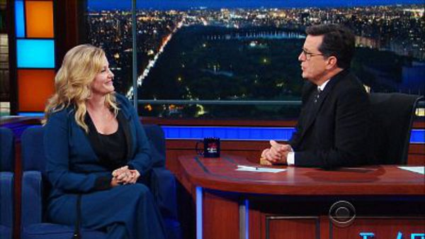 The Late Show with Stephen Colbert - S01E202 - Anna Gunn, John Dickerson, Simone Giertz