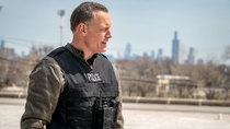 Chicago P.D. - Episode 22 - Homecoming (2)