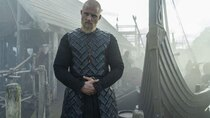 Vikings - Episode 3 - Ghosts, Gods and Running Dogs