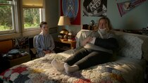 Young Sheldon - Episode 18 - A Couple Bruised Ribs and a Cereal Box Ghost Detector