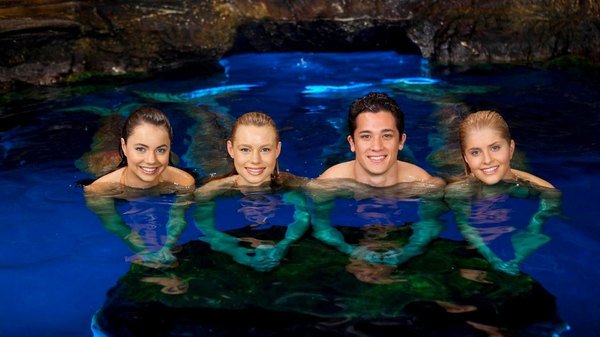 Mako mermaids an h2o adventure season 2 episode 14 for H2o season 4 episode 1 full episode