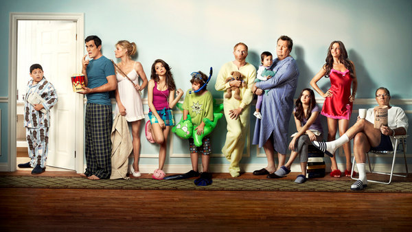 watch Modern Family American Skyper